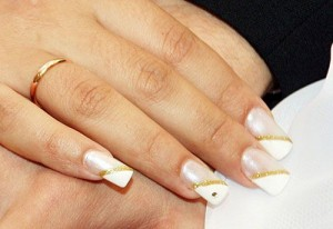 nail art dseigns for wedding 300x206 nail art dseigns for wedding