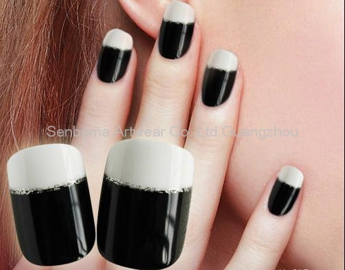 Black And Wihte Fake Nail Tips