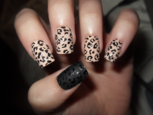 brown cute simple nail designs Cute Simple Nail Designs