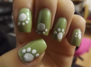 green and white simple cute nail 300x219 green and white simple cute nail