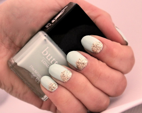 white glitter nail art Making Glitter Nail Art