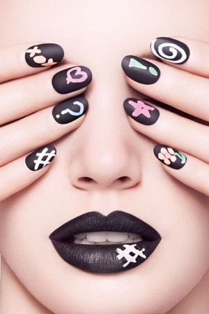 Chalkboard Manicure Kit1 At Home Manicure Nail Art Trends That are Worth Trying!