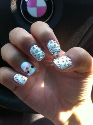 Diamond Nails2 Diamond Nail Designs & Ideas