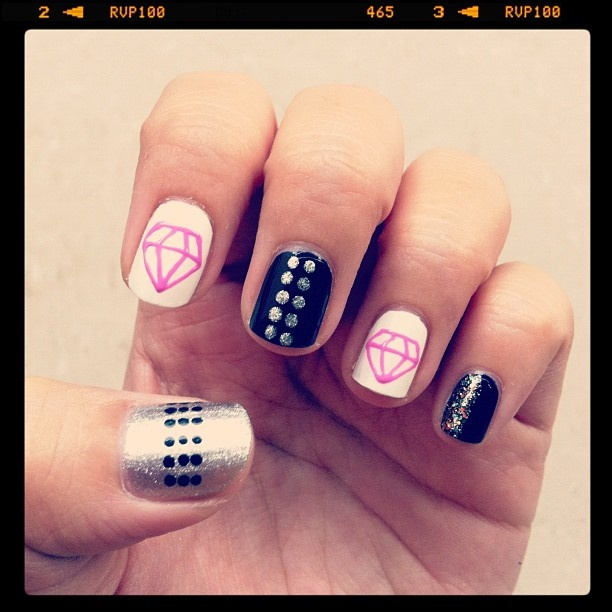 Diamond Nails4 Diamond Nail Designs & Ideas