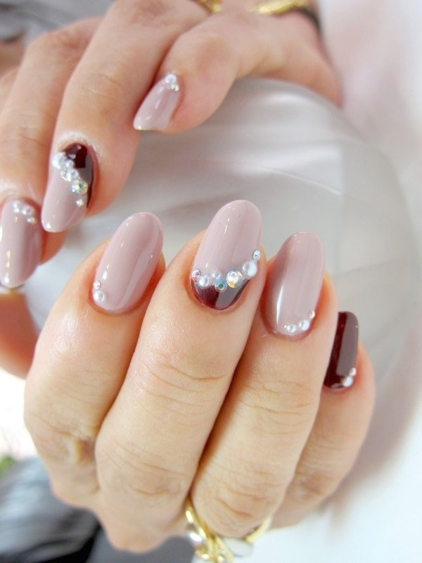 Diamond Nails5 Diamond Nail Designs & Ideas