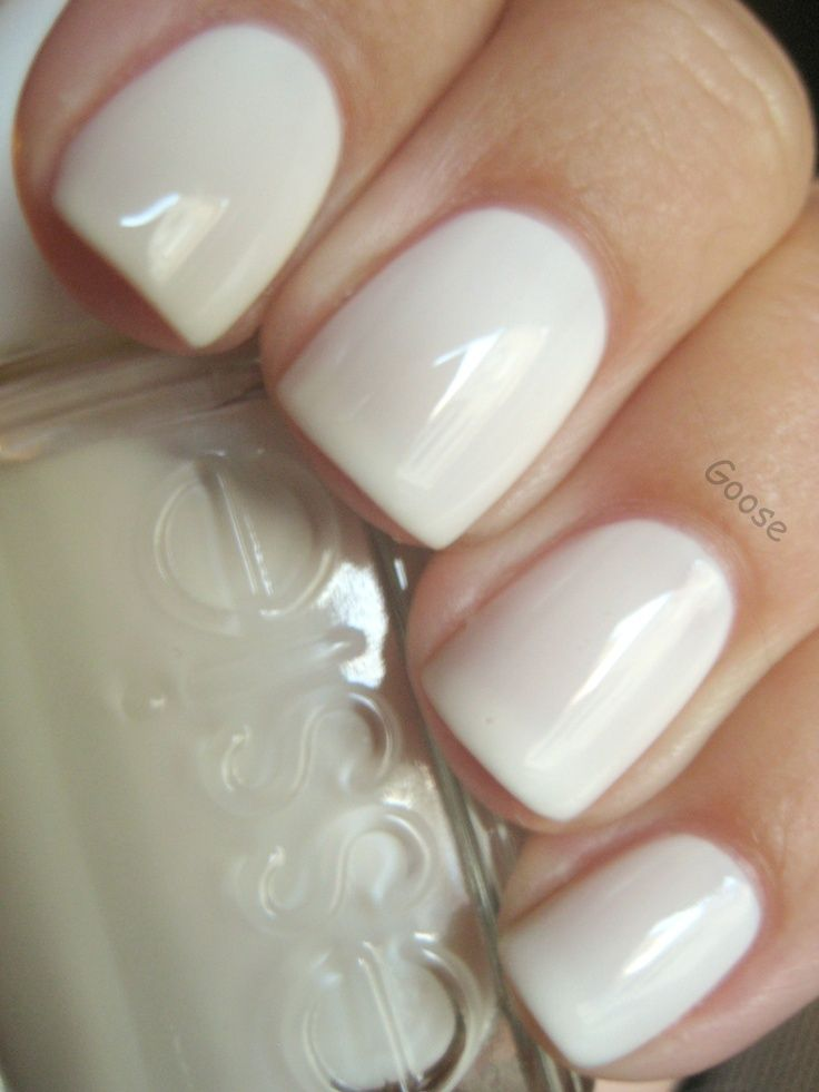 essie-marshmallow-white-polish