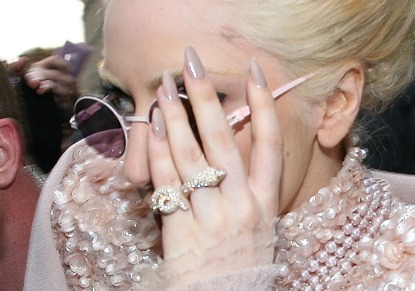 lady gaga grey beige nails Top Nail Polish Trends Revived!